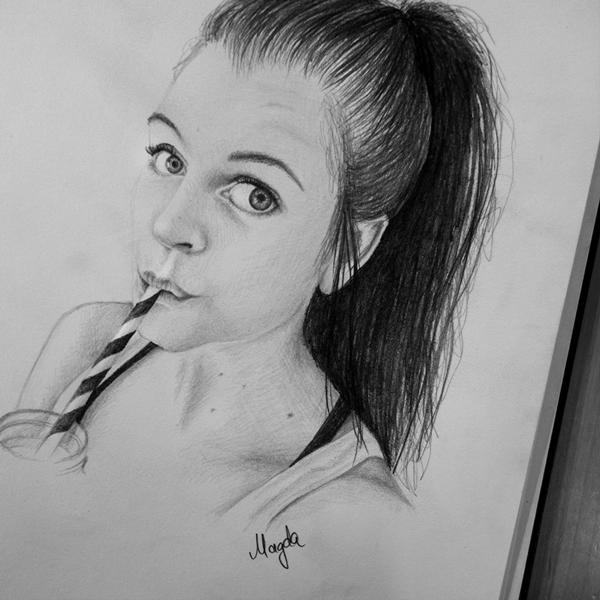 mady_morrison_magdaspyra_zeichnung-thn